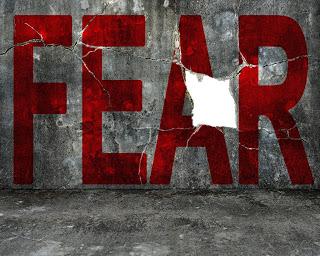 fear of GOd fear of man mindsets Courtesy of BsWei shutterstockcom 228106294