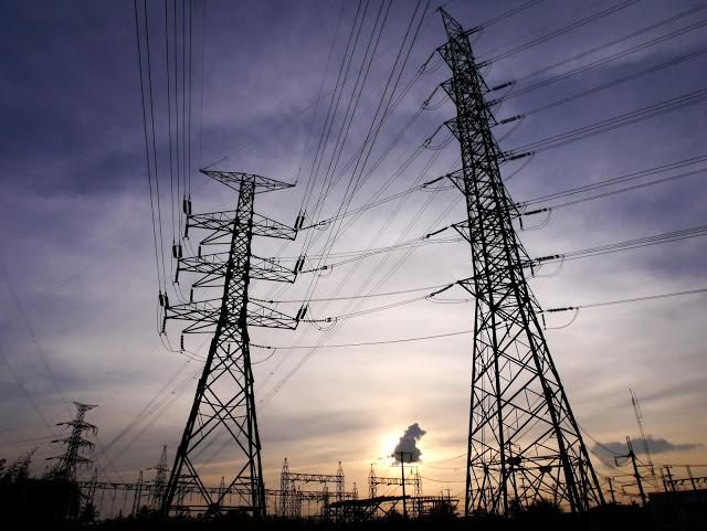 high voltage power lines courtesy of shutterstock com FreeBirdPhotos_162079187