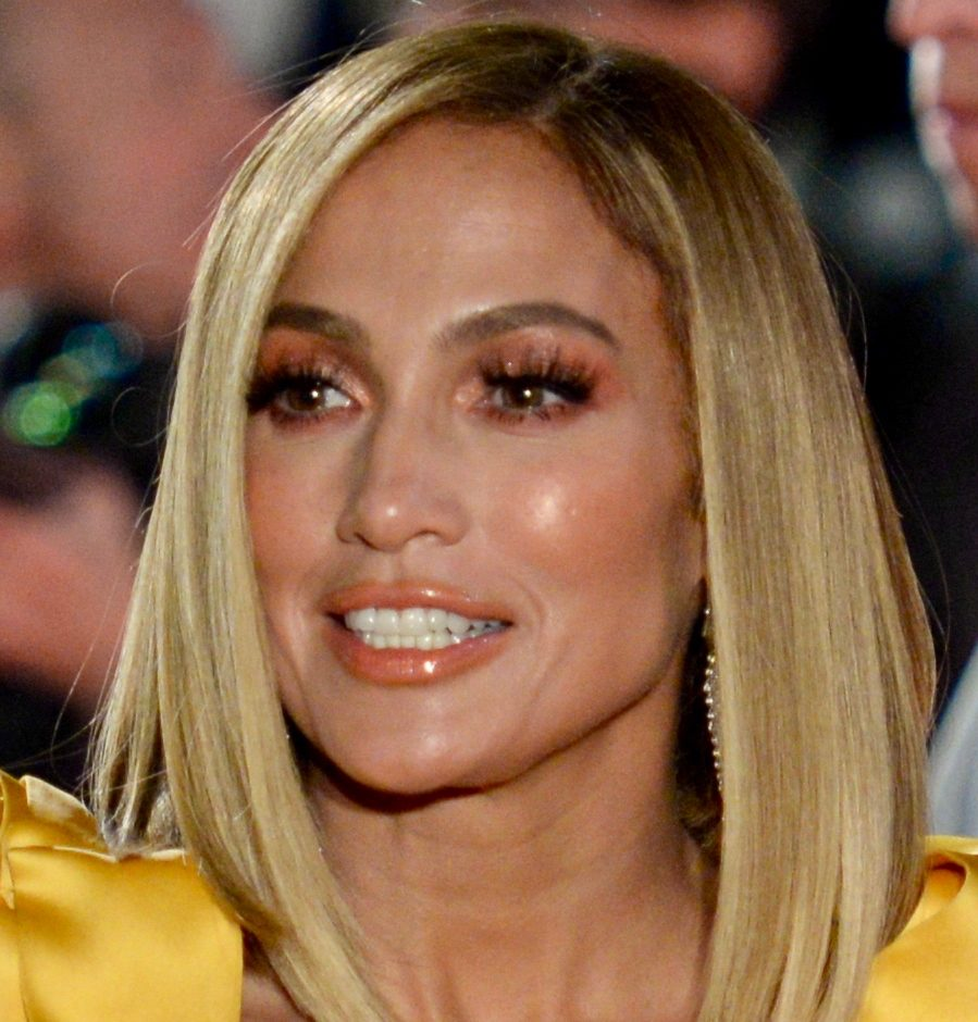 TIFF_2019_jlo_(1_of_1)-2_(48696671561)_(cropped)